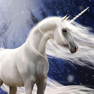 在中国古代传说里,神兽白泽就是东方独角兽的一种