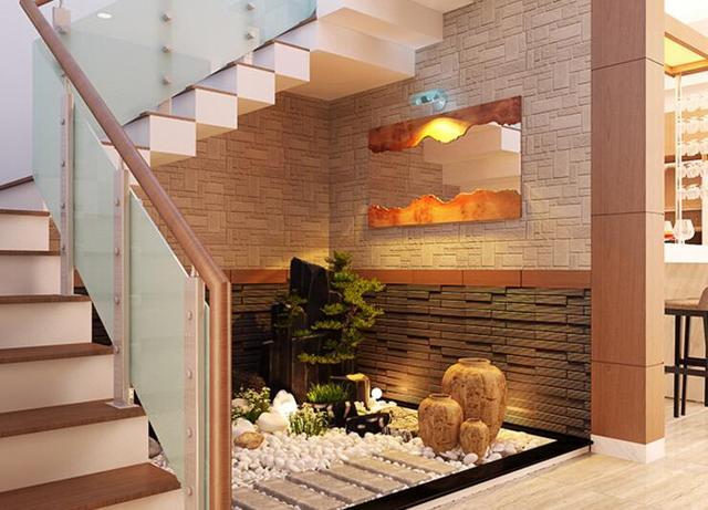 楼梯的下面经过设计也可能成为一个室内小花园.