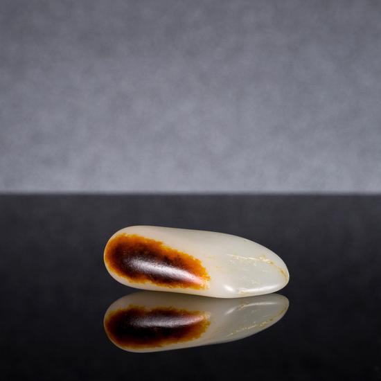 顶级和田玉籽料原石