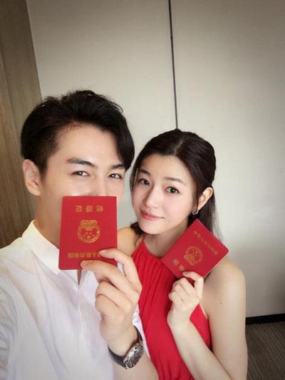 霍建华结婚!陈妍希领证!