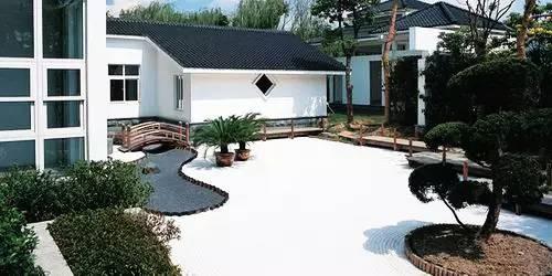 庭院植物常用设计施工:各式别墅庭院园林v庭院180三别墅平米左右层的图片