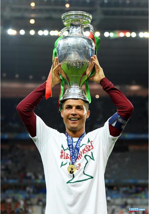 欧洲杯决赛:法国0-1葡萄牙北京时间7月11日3点