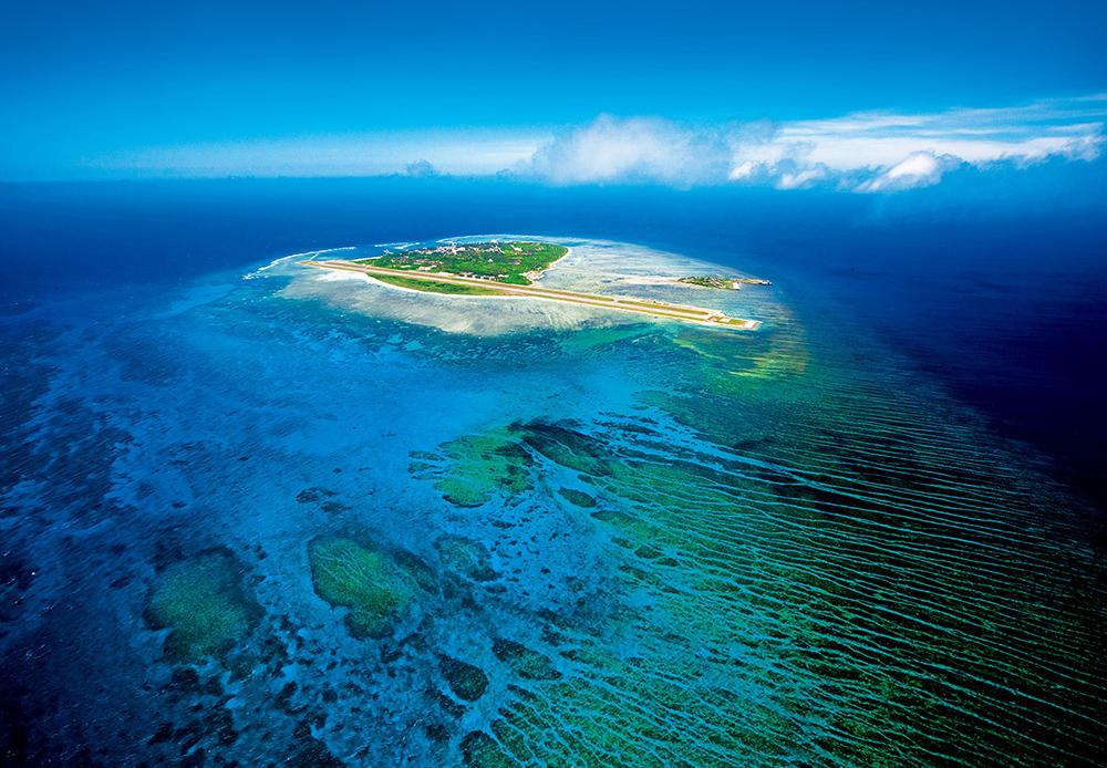分为东沙群岛,西沙群岛,中沙群岛,曾母暗沙,南沙群岛和黄岩岛.