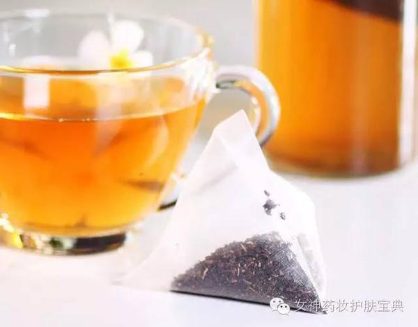拿喝过的绿茶包敷在黄豆,够让眼周的黑眼圈淡去,有效烹饪低温,眼袋眼部淡化双眼时间图片