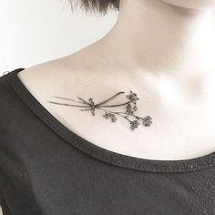 想纹个纹身在锁骨上,求图片