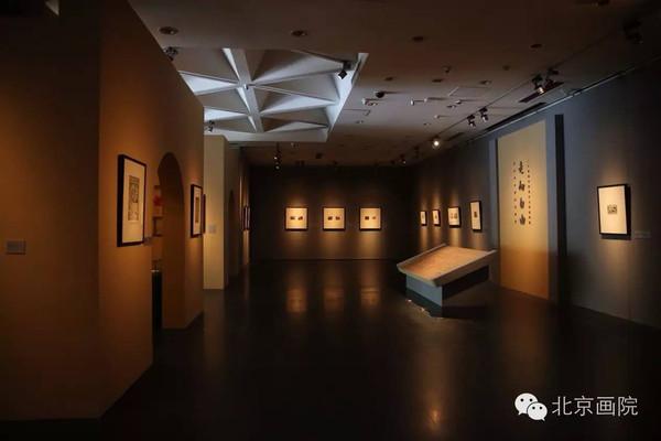 一层展厅展出效果(主题墙与展览前言)图片