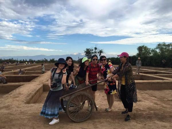 热点| 暑假伊始,这些学校就带孩出去游(lǚ)学(xíng)