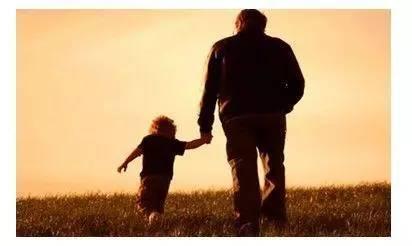 爸爸和儿子的对话!值得你珍藏二十年!(深度好文)