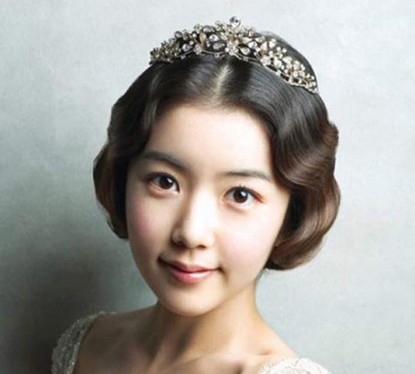 韩式新娘妆 这一刻你外表清纯 内心骚动图片
