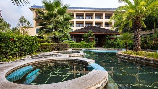 叶园温泉度假酒店 体验世外桃源的惬意图片