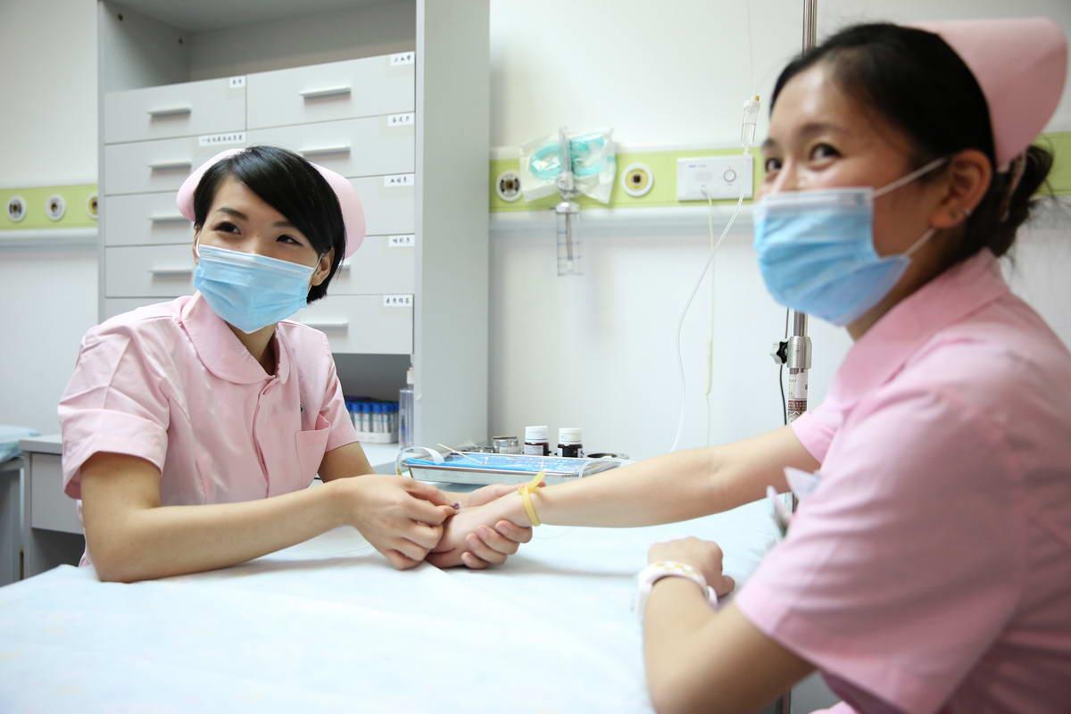 亚洲护士无码_内幕:不和护士结婚的十大理由!