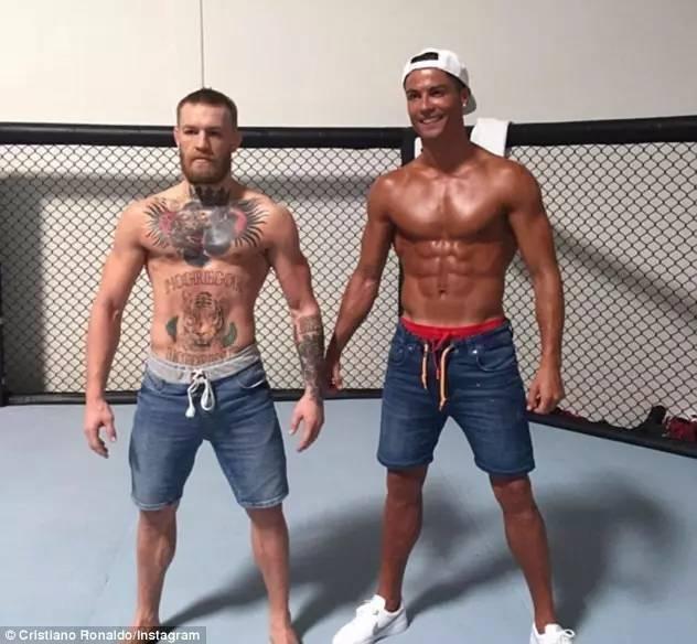 ▼原来是 c 罗特地去训练场与康纳-麦格雷戈见面,两人以兄弟互称,并