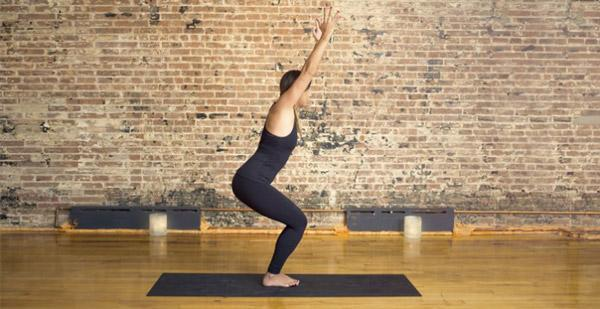 史上5个最适合减肥的瑜伽体式!排毒减脂 1周见效