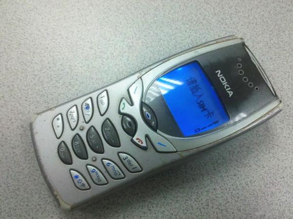 对了,那个贪吃蛇可好玩了 诺基亚3310 2000年 2000年 2001年 2003年图片