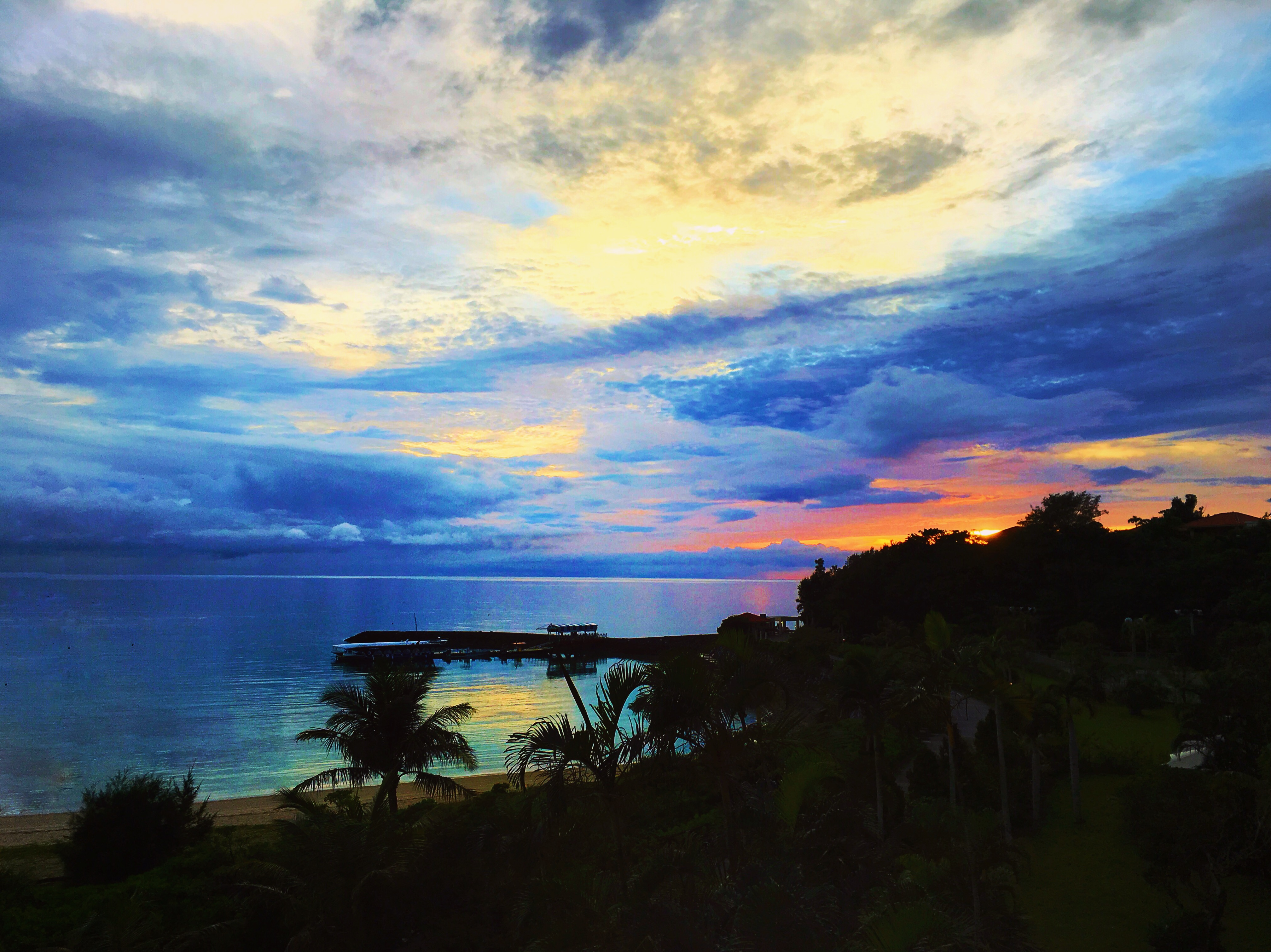 万万没想到,雨后的冲绳竟然可以这么美!图片
