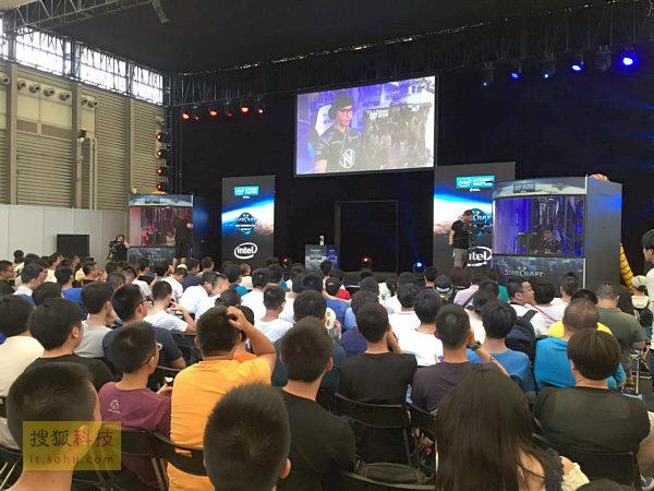 CJ展VR硬件厂商泛滥 游戏普及虚拟现实仍需时日
