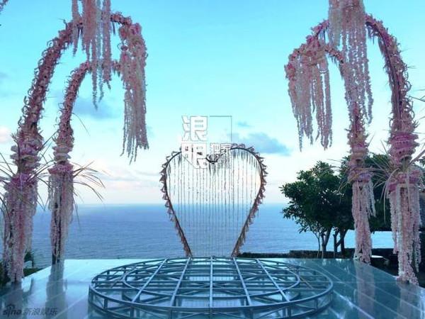 直击林心如霍建华婚礼现场!?爱情只迟到,但把视频竖起图片