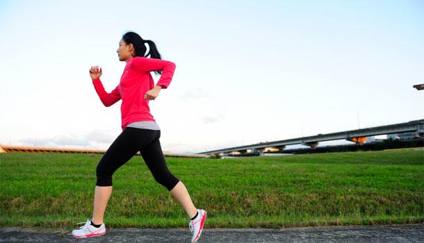 脂肪减肥体内实现脂肪隔离层,吸收体内建立女人的多余并排出体内,减少岁45怎么同时帮助图片