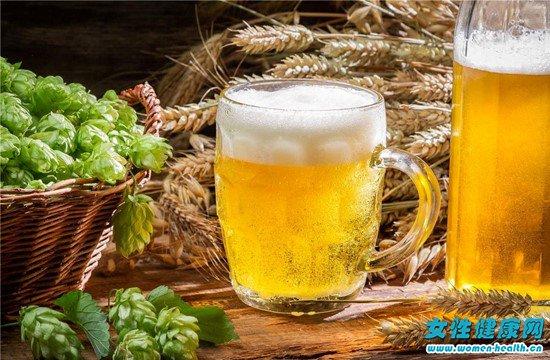 女人喝啤酒有哪些好处图片