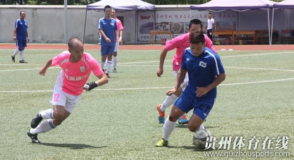 魅力之夜2016赛季贵阳业余足球甲级联赛 完美城市FC2 3飞翔手机 视频