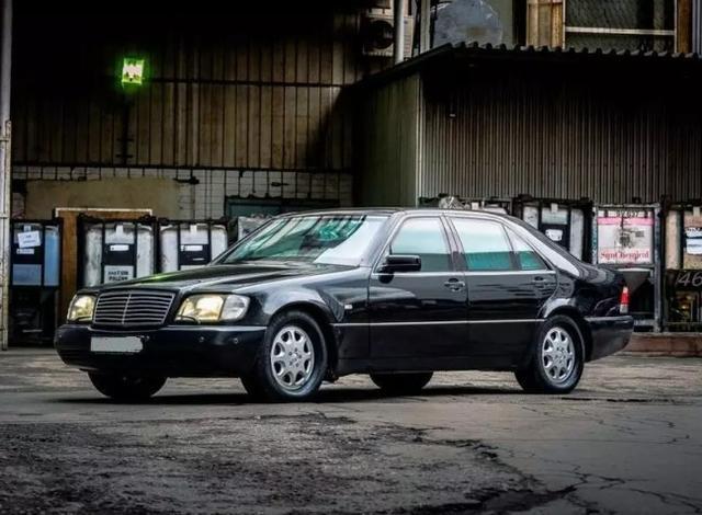 90年代开奔驰S级的老板,现在一般换什么车