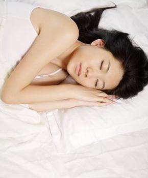 做好睡前保养,一觉变美不是梦