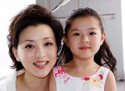 杨澜的育儿心得和经验 智慧妈妈教你如何培养孩子