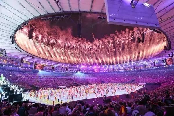 广场舞跳到了里约,中国大妈奥运会开幕式扎台型图片