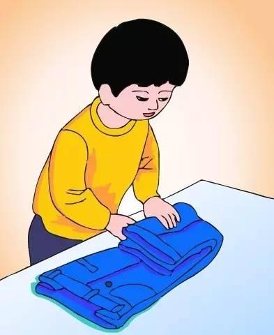叠衣服-上海人注意 塑料袋千万别扔 用处大着呢