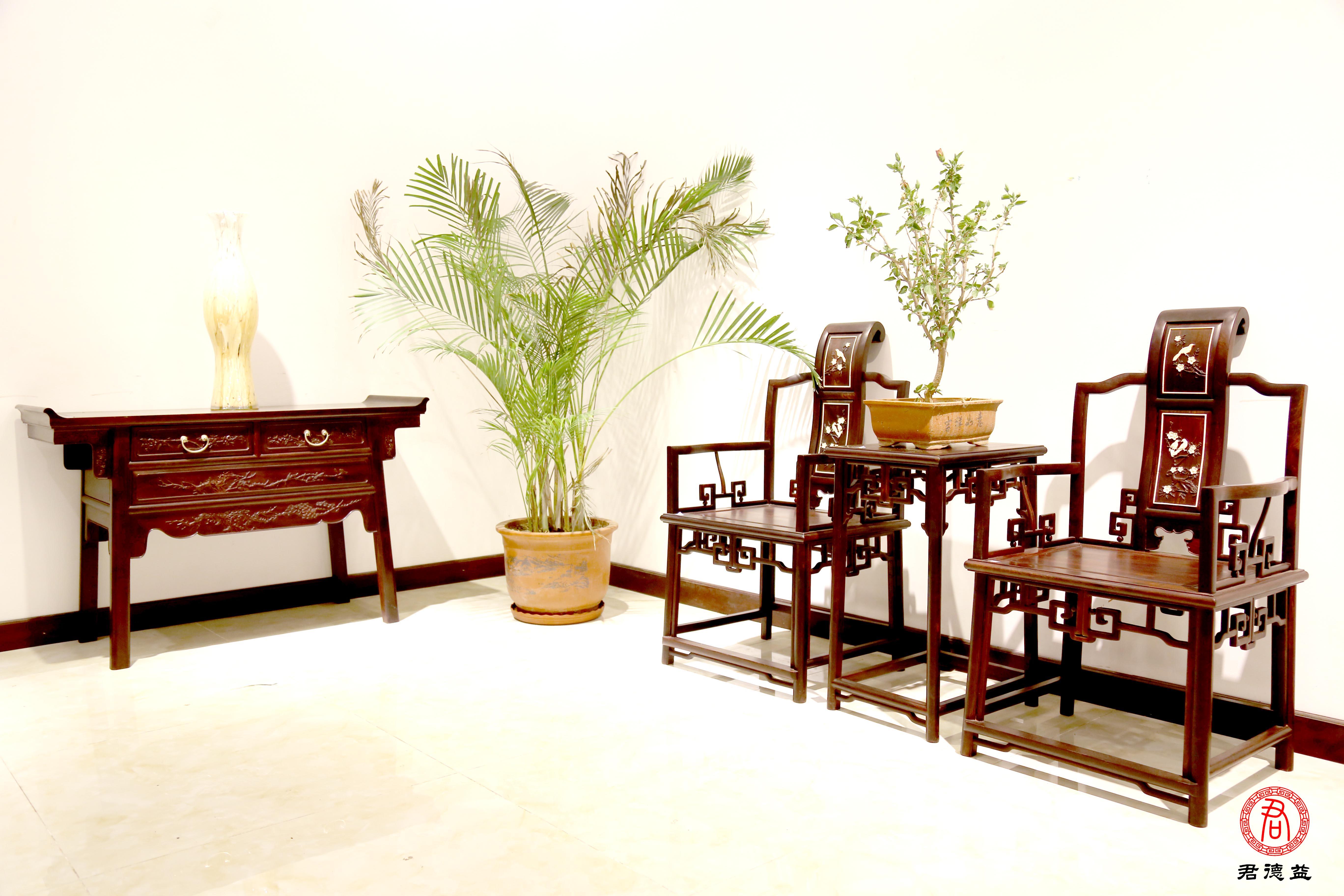 王朋成谈指尖上的红木家具家具-中国网-中国艺术-名企视窗尊博图片