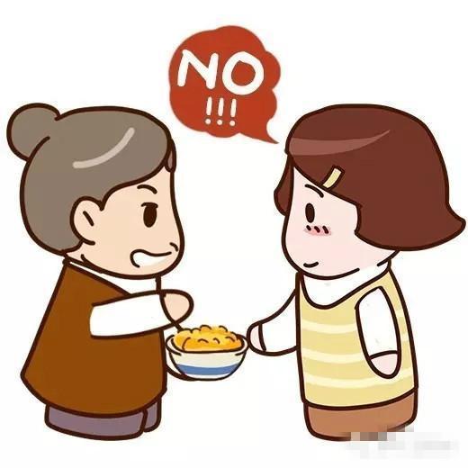 孩子可以自己吃饭了,家长却还是追着喂饭