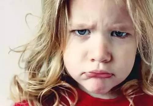 孩子一言不合就哭闹?你该学学这一招!
