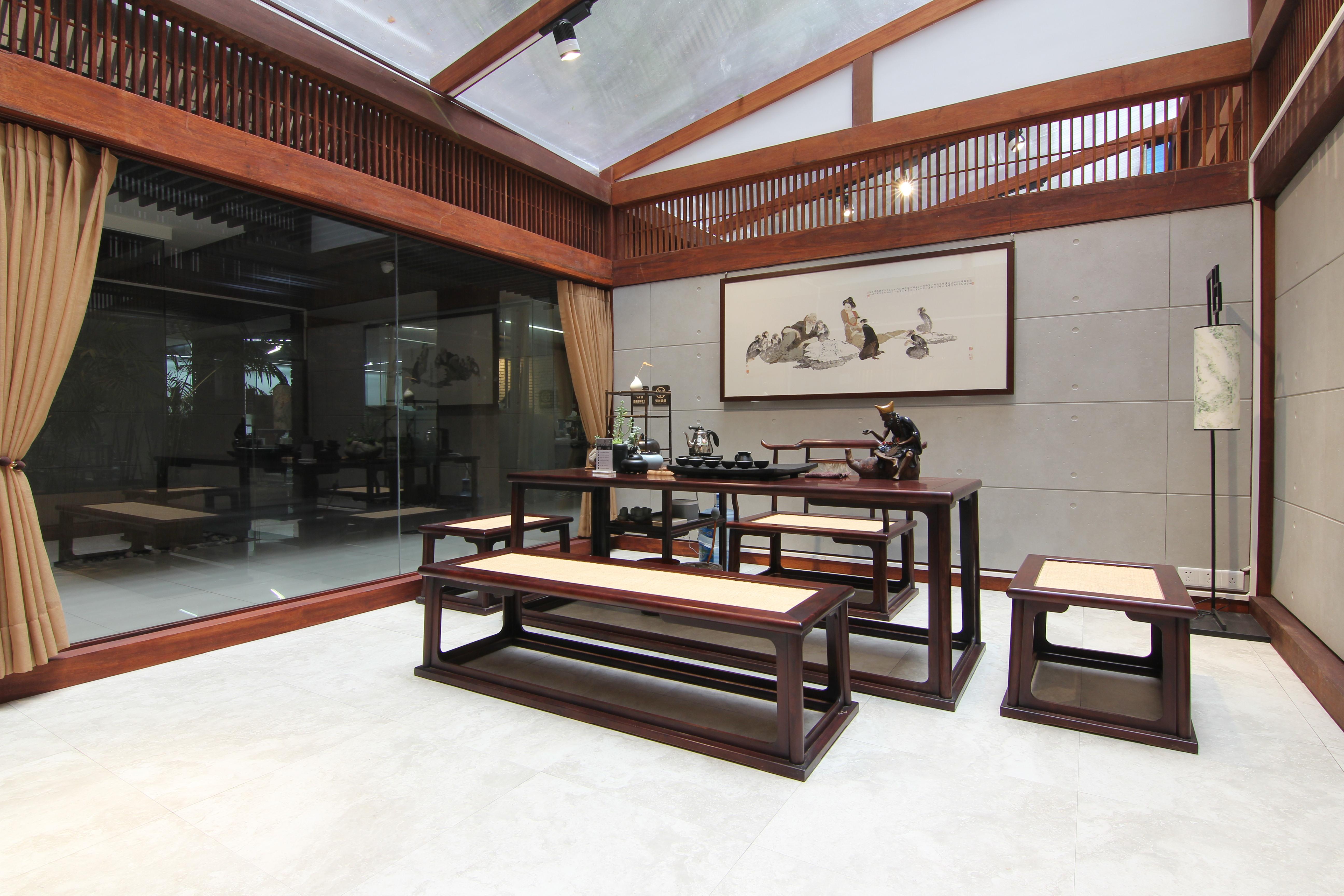 比如说在一侘整体茶室装修效果图中中式整体茶室就非常的常见,那对于图片
