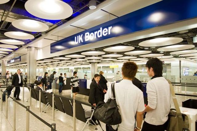 英国留学入境 哪些东西是不能带的?