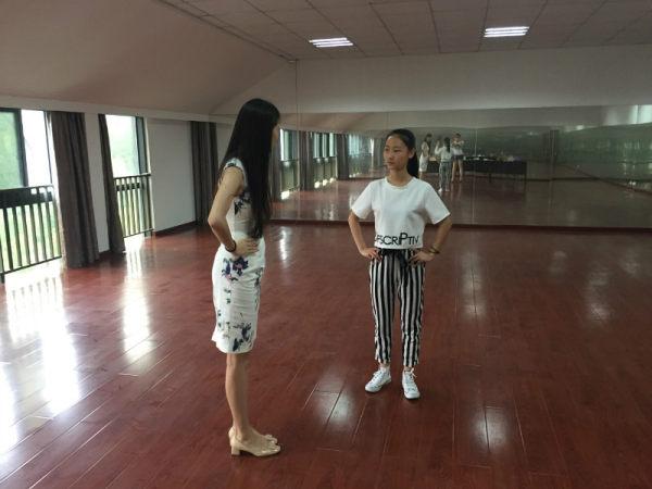 杭州表演艺考培训,在西羽教育学习是一种怎样