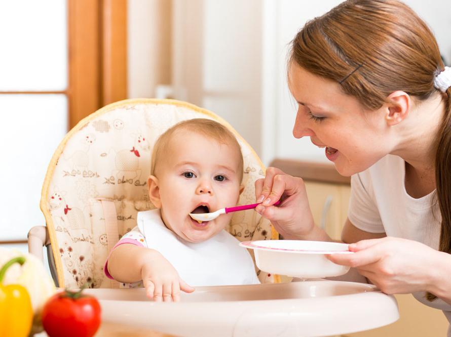 孩子再饿也不宜给吃的10种食物!