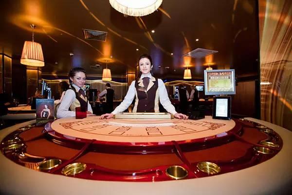 云顶赌场是马来西亚惟一合法的赌场,不过如果你要去赌场,是要出示护照