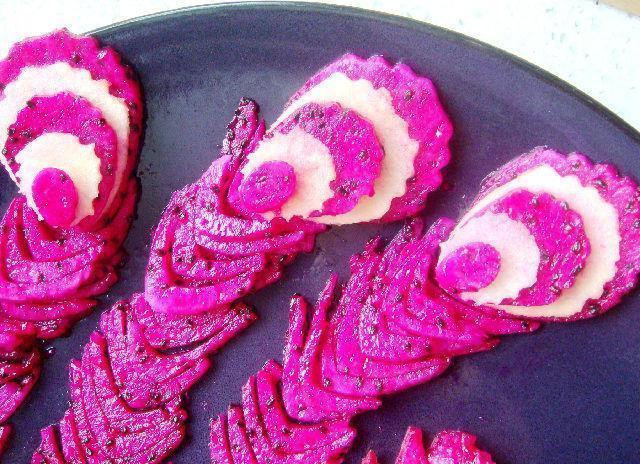 漂亮的创意水果拼盘做法图片