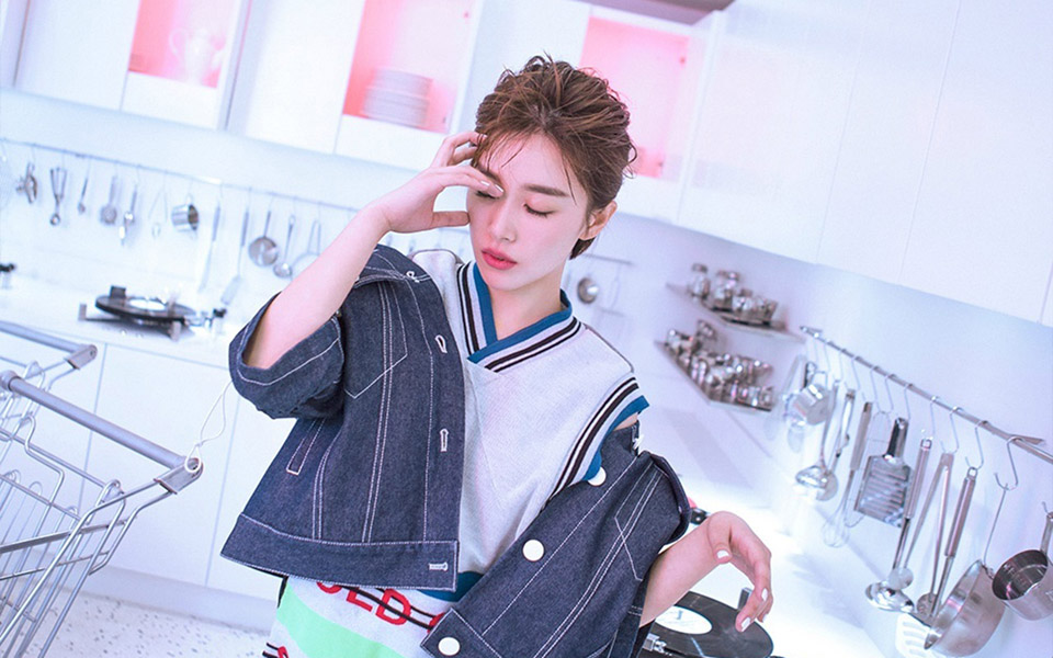 女神阚清子短发酷帅气质写真图片