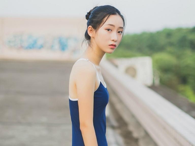 清纯美女泳装摄影写真高清壁纸图片