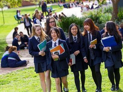 新鲜资讯|留学低龄趋势调查分析-美国高中网