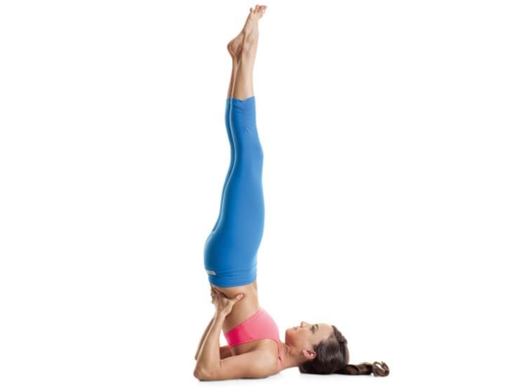 动作8:肩倒立动作