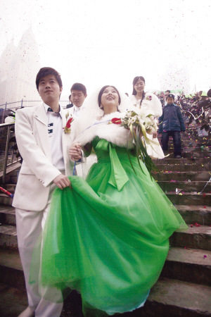 绿色婚纱_婚纱情侣头像