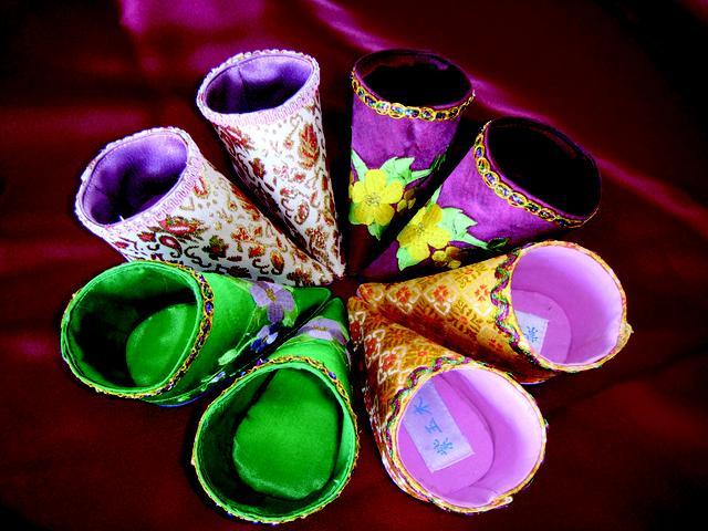 """""""紫玉木兰""""郭丽:传统老布鞋的文化使命"""
