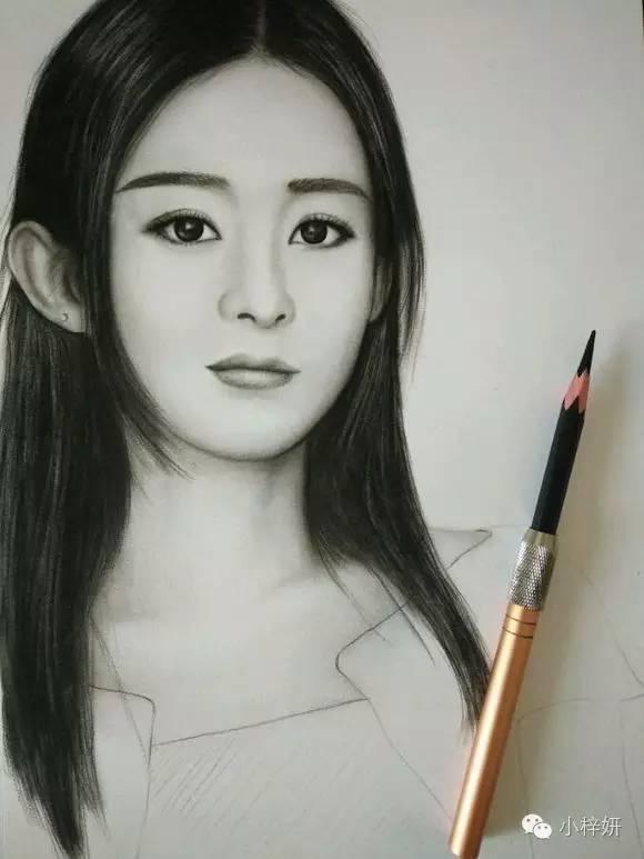 一支铅笔,手绘赵丽颖肖像,除了黑白,没有其它的色素,这体现图片