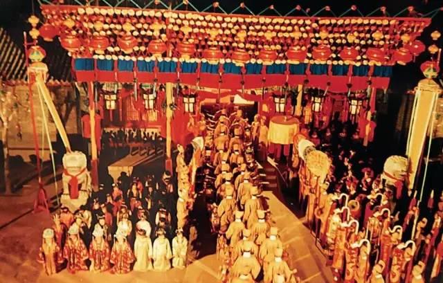 30年后,87版红楼梦主演今天都回石家庄了,除了她图片