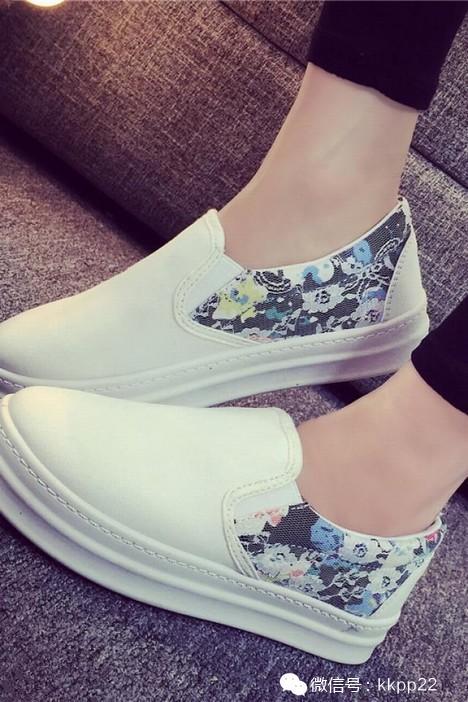 今年最流行的甜美复古风单鞋 时尚达人最爱的单品