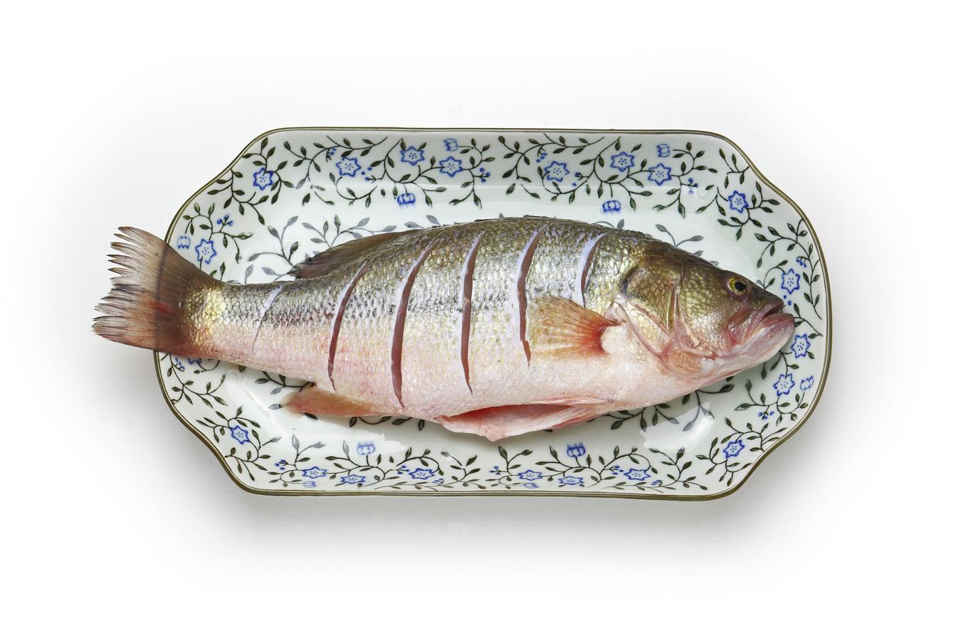 鲈鱼肉白如雪 健脾补肾口味佳