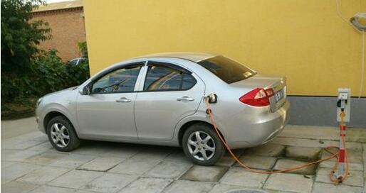 江淮iEV充电桩-合肥将增加10万个充电桩 为推广纯电汽车也是拼了高清图片