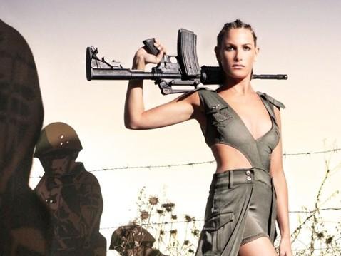 盘点世界各国女兵军服!
